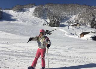 自然,アウトドア,スポーツ,雪,屋外,山,人物,スキー,ゲレンデ,コース,レジャー,スキー場,リフト,スノーボード,斜面,ウインタースポーツ,ノルディックスキー