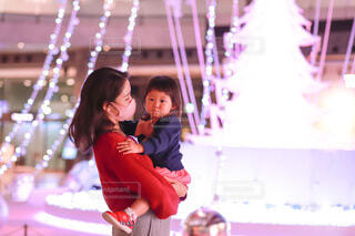 風景,アート,少女,イルミネーション,人,笑顔,クリスマス,赤ちゃん,リース,幼児,装飾,若い,グランフロント,景観,飾り,クリスマス ツリー,Grand Wish Christmas 2020