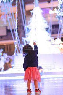 アート,少女,イルミネーション,人,クリスマス,リース,装飾,グランフロント,飾り,クリスマス ツリー,Grand Wish Christmas 2020