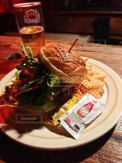 ハンバーガーの写真・画像素材[3609072]