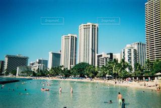 ワイキキビーチとホテル群の写真・画像素材[2906709]