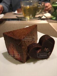 チョコ&チョコケーキの写真・画像素材[2927509]