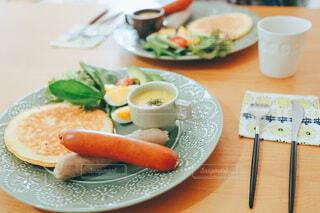 食事,ランチ,トマト,サラダ,昼食,料理,Snapmart,ソーセージ,大皿,PR,ジョンソンヴィル