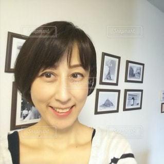 笑顔の女性の写真・画像素材[2942060]