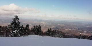 アウトドア,海,スポーツ,雪,雲,山,人物,スキー,スノボ,ゲレンデ,眺望,レジャー,クラウド