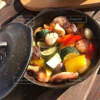 夏野菜のアヒージョの写真・画像素材[4660094]