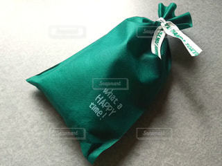 緑のプレゼントの写真・画像素材[2960696]