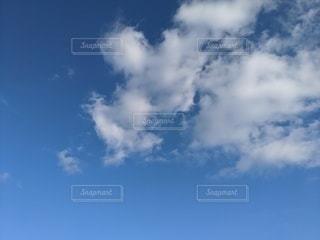 青空の雲の写真・画像素材[2983217]