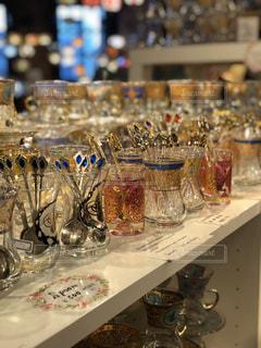 食べ物,屋内,カラフル,花瓶,ガラス,色とりどり,食器,ボトル,ドリンク,カウンター