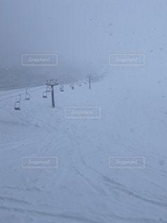 自然,アウトドア,スポーツ,雪,屋外,人物,スキー,ゲレンデ,レジャー,スノーボード,悪天候