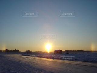 Sun pillarの写真・画像素材[3001544]