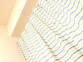 好きな色のカーテンの写真・画像素材[3108044]