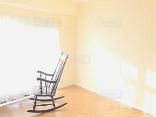 朝陽の当たる光りカーテン!!!の写真・画像素材[3316693]