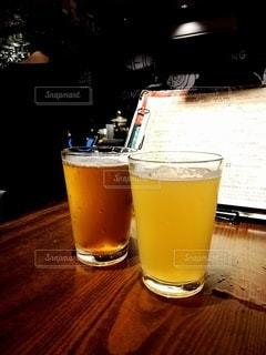 飲み物,ガラス,テーブル,メニュー,イベント,グラス,ビール,乾杯,ドリンク,女子会,酒,アルコール,カウンター,生ビール,クラフトビール,飲料,麦酒,飲む,TAP,ビール女子