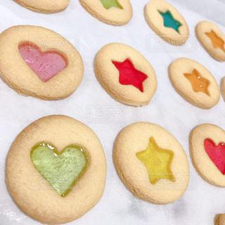 ステンドガラスクッキーの写真・画像素材[2970625]