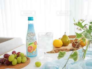 食べ物,お酒,屋内,ジュース,テーブル,果物,レモン,ボトル,ハーブ,ドリンク,アンバサダー