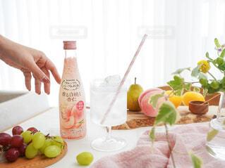 食べ物,お酒,屋内,ジュース,テーブル,果物,皿,ボトル,ハーブ,ドリンク,アンバサダー