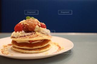 パンケーキ いちご カフェの写真・画像素材[2994916]