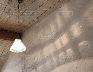 ランプの影の写真・画像素材[3029817]