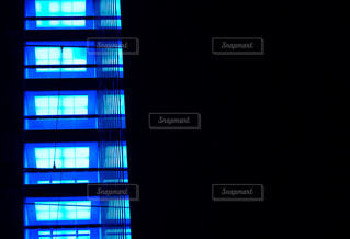 暗い部屋の写真・画像素材[3014239]