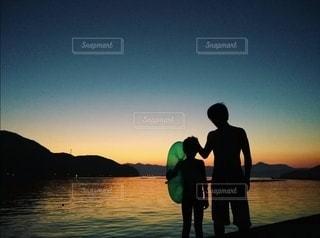 父と子の写真・画像素材[3036618]