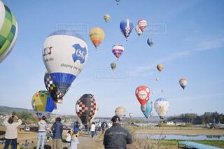風景,空,群衆,カラフル,青,気球,風船,人物,空気,日中