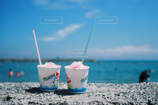 食べ物,海,空,夏,ビーチ,砂浜,アイスクリーム,かき氷,フィルムカメラ,日中