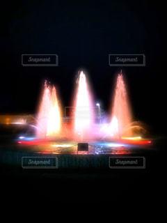 2019噴水のライトアップの写真・画像素材[3027519]