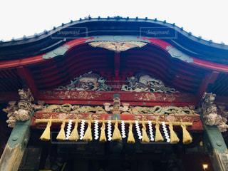 空,屋外,神社,赤,散歩,色とりどり,旅行,旅,日本,しめ縄,装飾,寺,仏教,遺産,色彩,境内,縄,スマホ写真,指定文化遺産