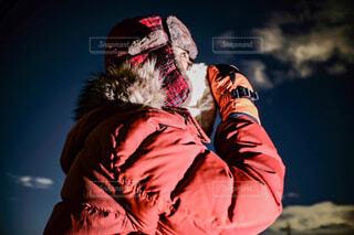 冬空を眺めての写真・画像素材[4122824]