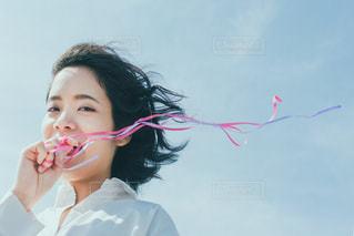 歯を磨く女性の写真・画像素材[3044312]