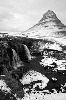 アイスランドの絶景。カークワフェルマウンテン。の写真・画像素材[3028200]