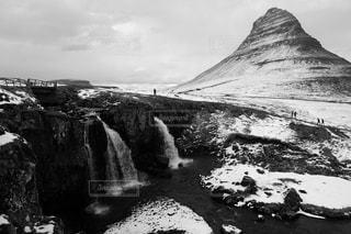 アイスランドの絶景。カークワフェルマウンテン。の写真・画像素材[3028216]