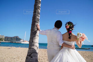 女性,男性,恋人,空,屋外,ビーチ,砂浜,結婚式,ドレス,人,夫婦,結婚,フォトウェディング,結婚式ドレス