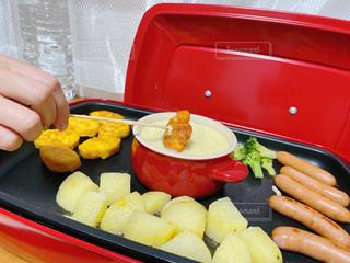 食べ物,屋内,野菜,チーズ,ホットプレート,ホームパーティー,チーズフォンデュ