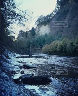 川の流れの写真・画像素材[3029155]