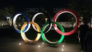 屋外,緑,青,黄色,アート,水色,五輪,あか,オリンピック,円