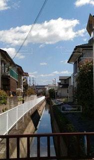 街中の水路の写真・画像素材[3038331]