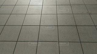 建物,屋外,白,床,タイル,無人,四角,コピースペース,人工物,目地,タイル張り,固い