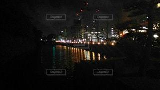 夜のお堀の写真・画像素材[3056879]