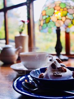 スイーツ,カフェ,屋内,花瓶,デザート,ティータイム,カップ,アフタヌーンティー,ティーポット,コーヒー カップ