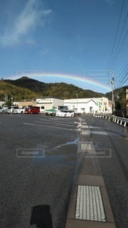 雨上がりの虹の写真・画像素材[3027293]