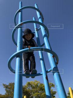 子ども,空,公園,青,人,男の子,遊び場