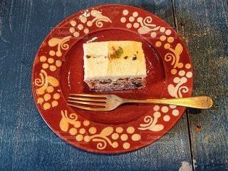 食べ物,カフェ,ケーキ,屋内,デザート,フォーク,テーブル,皿,食器,おいしい,自家製