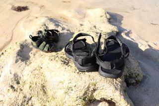 子ども,2人,海,靴,屋外,ビーチ,サンダル,レジャー,子育て,履物