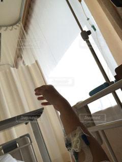 入院している男性の写真・画像素材[3032876]