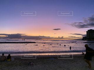 自然,風景,海,空,屋外,太陽,ビーチ,夕暮れ,水面,海岸,ハワイ,夕陽,バカンス,サンセット,ハネムーン,新婚旅行,クラウド