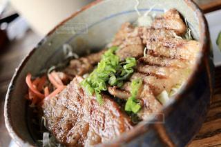 食べ物,屋内,肉,料理,牛肉,ステーキ