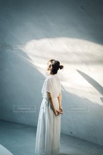 光と陰の写真・画像素材[3121983]
