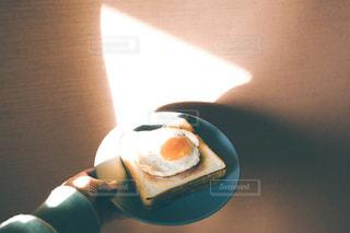朝のトーストの写真・画像素材[3173763]